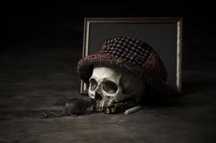 Still life skull with classic hat Royalty Free Stock Images