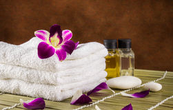 Still life spa setting and orchid flower Royalty Free Stock Photos