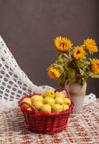 Still life of sunflowers and apples Royalty Free Stock Images