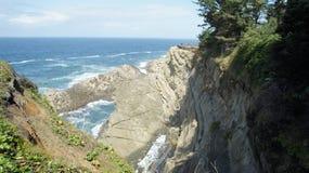 Stilla havet som sett från klippor i Oregon Royaltyfria Bilder