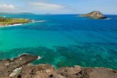 Stilla havetvatten av kusten av Oahu i Hawaii Royaltyfria Foton