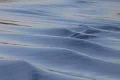 Stilla vågor på havet Royaltyfri Bild