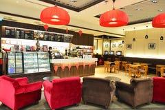 Stillahavs- kaffekafé i den Hong Kong flygplatsen Royaltyfri Foto