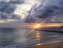Stillahavs- solnedgång Royaltyfria Bilder