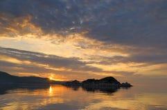 Stillahavs- soluppgång för hav Arkivfoton