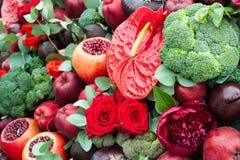 Stilleben av frukter och grönsaker Arkivfoto