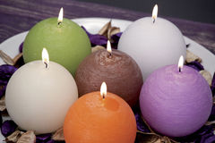 Stilleben av hem- belysningstearinljus eller katalysatorlampan Royaltyfri Fotografi
