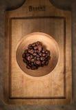Stilleben av kaffekorn Royaltyfria Foton