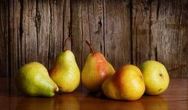 Stilleben av päron royaltyfria foton