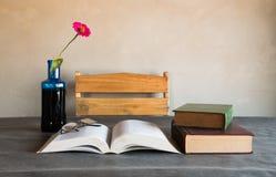 Stilleben för läs- rum Royaltyfria Bilder