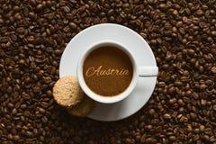 Stilleben - kaffe med text Österrike Arkivbild