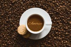 Stilleben - kaffe med text Amerika Arkivbilder