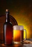 Stilleben med en keg av öl Arkivfoto