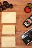 Stilleben med gammal fotografiutrustning Fotografering för Bildbyråer