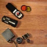 Stilleben med gammal fotografiutrustning Royaltyfri Fotografi