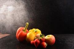 Stilleben med grönsaken på studio arkivbild