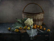 Stilleben med grönsaker i köket Royaltyfri Foto