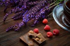 Stilleben med hallon och choklad Royaltyfri Foto
