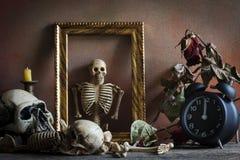 Stillebenbegrepp, tid och död Arkivbild