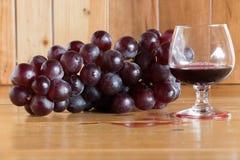 Stillebenrött vin Arkivbild