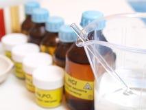 Stilleven met chemische producten Stock Fotografie