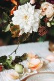 Stilleven met de herfstbloemen royalty-vrije stock afbeeldingen