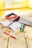 Stilleven met de hulpmiddelen van het timmermanswerk Stock Foto's
