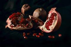 Stilleven met granaatappel Royalty-vrije Stock Afbeeldingen