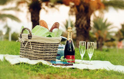 Stilleven met Piper Heidsieck-champagne Stock Afbeelding