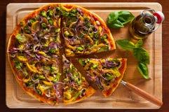 Vegetarische pizza Stock Afbeeldingen