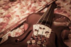 Stilleven uitstekende viool Stock Afbeeldingen