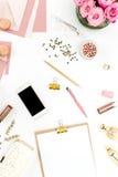 Stilleven van maniervrouw, voorwerpen op wit Royalty-vrije Stock Foto