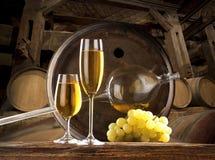 Stilleven - witte wijn Royalty-vrije Stock Afbeeldingen
