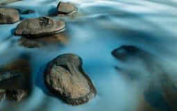 Stillhet vaggar pölen södra västra Australien fotografering för bildbyråer