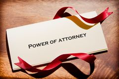 Stillleben der Befugnis des Rechtsanwalts Document On Desk Stockfotografie