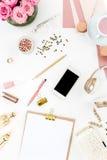 Stillleben der Modefrau, Gegenstände auf Weiß Stockbilder