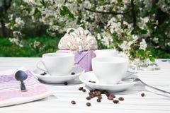Stillleben eines Tasse Kaffees Stockbilder