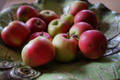 Stillleben mit Äpfeln stockbilder
