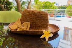 Stillleben mit einem Hut Lizenzfreies Stockfoto