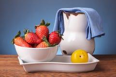 Stillleben mit frischen Früchten Lizenzfreie Stockfotos