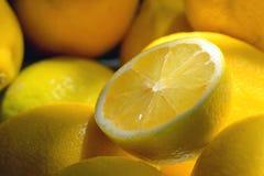 Stillleben mit frischen Zitronen Lizenzfreie Stockfotografie