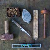 Stillleben von altmodischen Werkzeugen lizenzfreies stockfoto