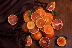 Stillleben von Orangen Orange Berg stockfotos