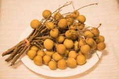 Stillleben von tropischen Früchten lizenzfreies stockbild