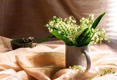 Stilllebenblumenstrauß-Liliental Lizenzfreies Stockbild
