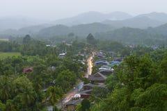 Stillsam by i nord av Thailand Royaltyfri Fotografi