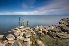 Stillsam Seascape i lång exponering i sommar Royaltyfria Bilder