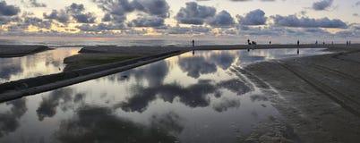 stillsam solnedgång Fotografering för Bildbyråer