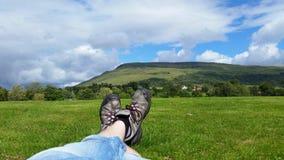 Stillstehen auf einer Wanderung Lizenzfreie Stockfotografie