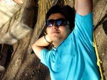 Stillstehender junger Inder Lizenzfreies Stockfoto